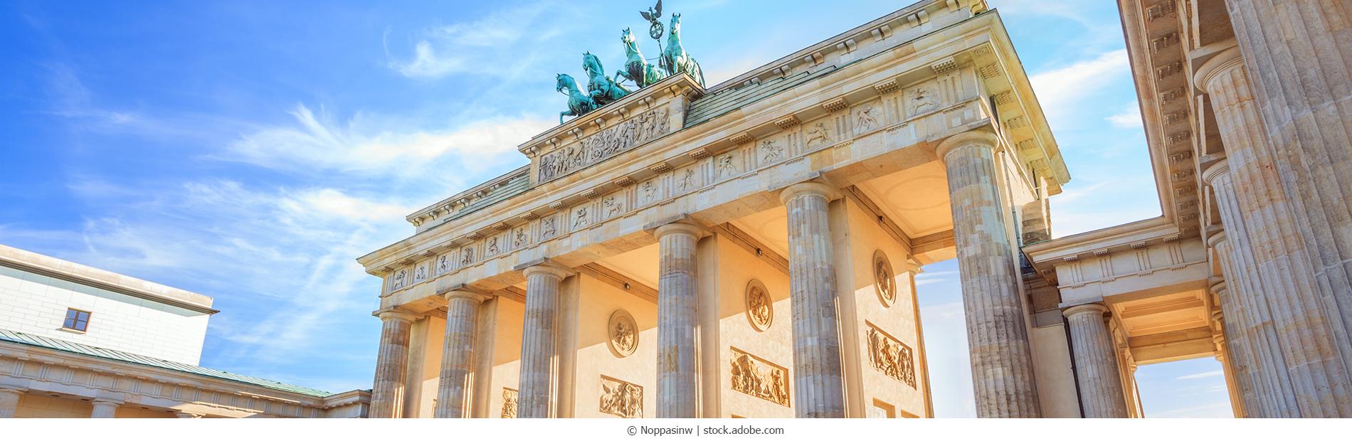 Berlin_Brandenburgertor_AdobeStock_122514443_webC